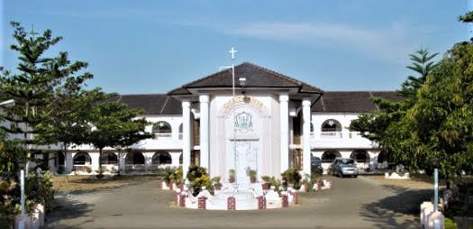 Chaithanya Pastoral Center Thellakom, Kottayam Inauguration and Chapel Blessing.